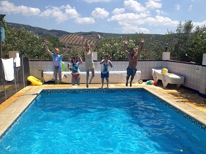 swimming pool fun at family holiday villa Iznajar